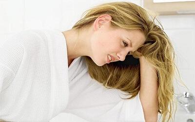 Giải thích hiện tượng vì sao con gái có kinh lại bị đau bụng