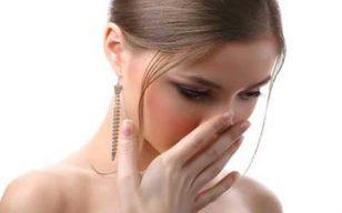 Nguyên nhân vùng kín có mùi hôi là do đâu?
